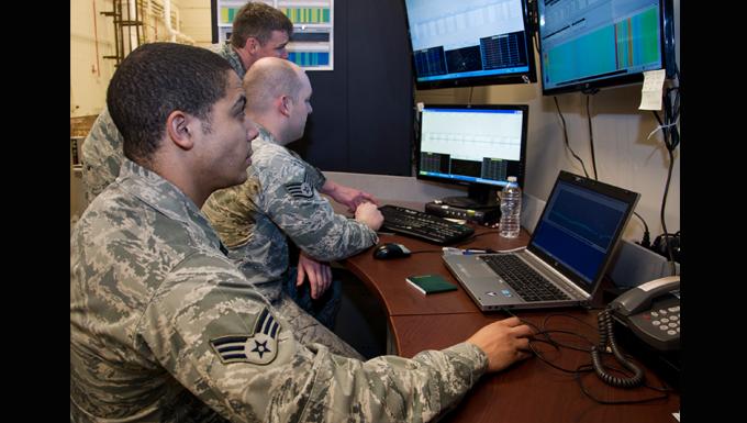 Citizen Airmen assist in global communication